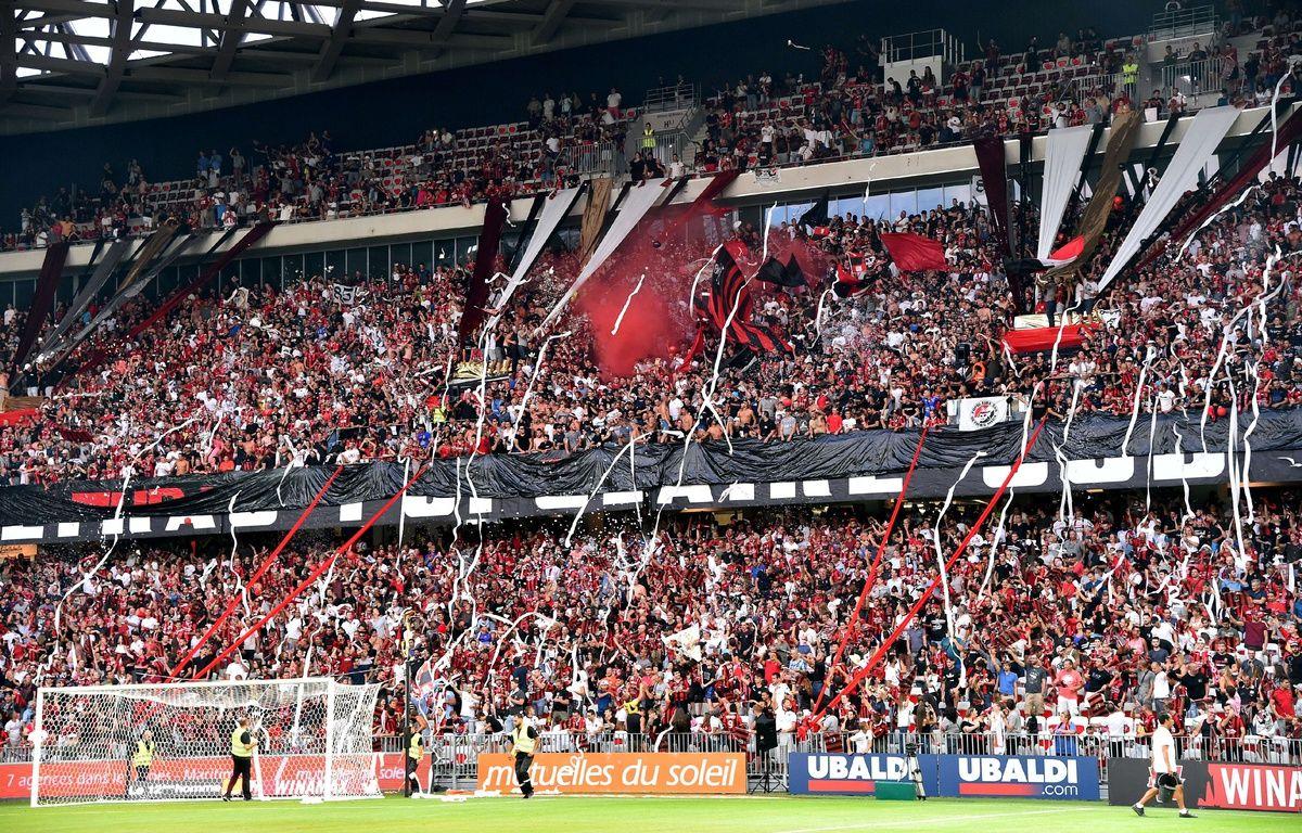 Les supporters de Nice à l'occasion du tour préliminaire de la Ligue des champions contre l'Ajax, le 26 juillet 2017.  – BEBERT BRUNO/SIPA