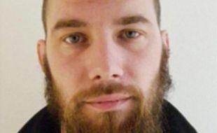 Terry Dupin est un ex-militaire de 29 ans qui était recherché après une tentative d'homicide. Il a été blessé dans son interpellation par le GIGN.