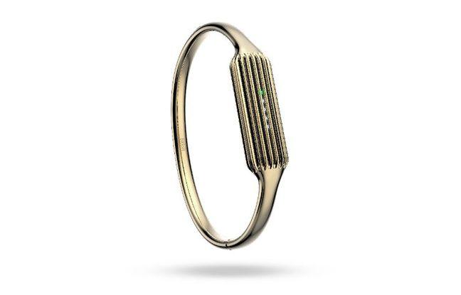 Fitbit accessoirise son nouveau capteur d'activité Flex 2 avec un bracelet plaqué or.