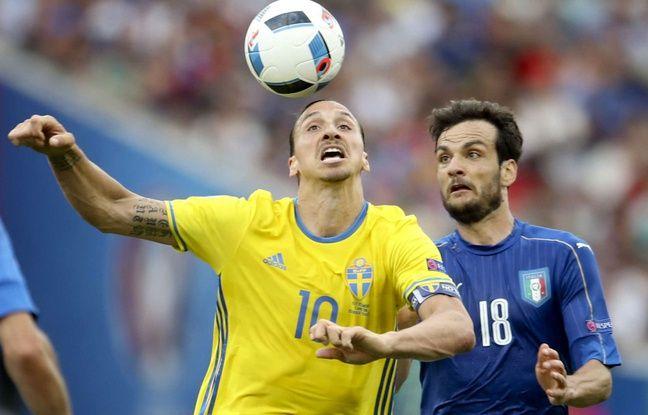 Zlatan Ibrahimovic lors du match entre l'Italie et la Suède le 17 juin 2016.