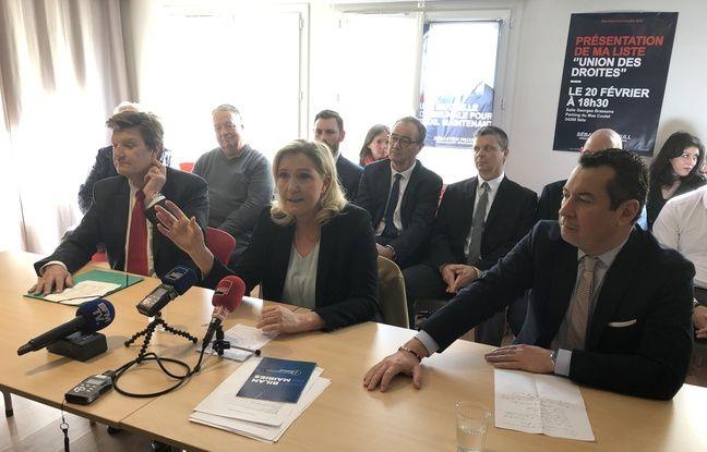 Marine Le Pen avec Jean-Louis Cousin, délégué départemental du RN (à gauche) et Sébastien Pacull candidat à Sète (à droite).
