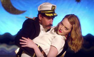 Emma Stone dans le clip de la chanson de William Butler, «Anna».