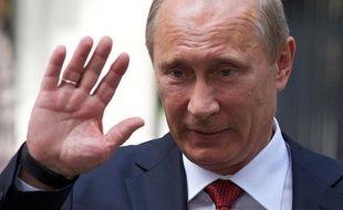 Le président russe Vladimir Poutine fête mardi les cent jours depuis son retour au Kremlin, une date passée quasi-inaperçue en Russie, dirigée depuis plus d'une décennie par l'ex-agent du KGB.