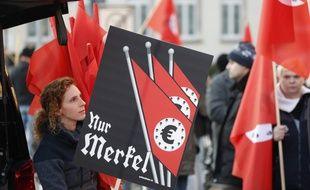 Des manifestants d'extrême droite en Allemagne, le 17 novembre 2018.