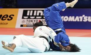 Voilà, c'est comme ça qu'on bat des Japonaises dans le Budokan.