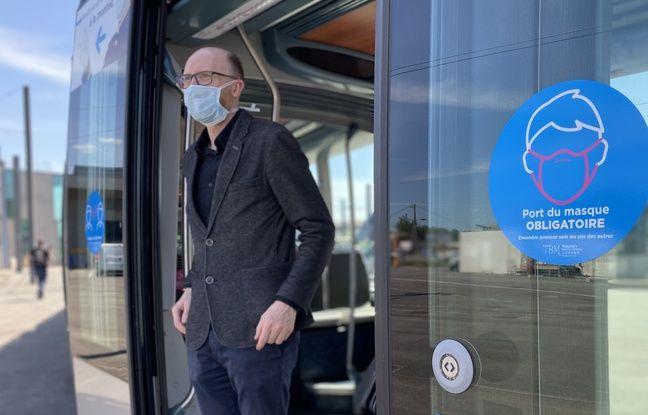 Port du masque, distanciation sociale, des mesures sont mises en place sur le réseau TBM à Bordeaux, en raison du Covid-19