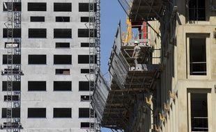 Construction d'un immeuble d'habitation et d'activités tertiaires à Nantes (illustration).