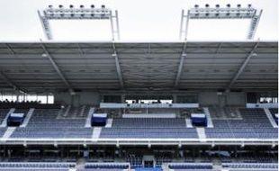 Le Stadium passerait de 32 500à 37 050 places en configuration Euro.