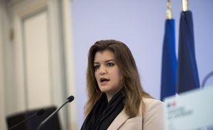 Marlène Schiappa a défendu en vain l'amendement gouvernemental face aux sénateurs.