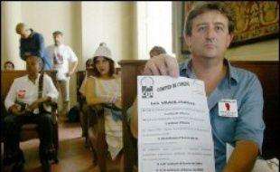 """La Cour de cassation, plus haute juridiction française, a annulé mercredi une décision favorable à 35 chômeurs """"recalculés"""" des Bouches-du-Rhône, qui avaient obtenu en 2004 la restauration de leurs indemnités en première instance et en appel."""