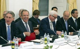 Les chefs de la diplomatie des «5+1» et de l'Iran réunis à Vienne pour évoquer le nucléaire iranien, le 24 novembre 2014.