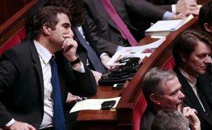 """Les députés UMP vont déposer mardi soir un amendement au projet de loi sur """"le mariage pour tous"""" proposant une """"alliance civile"""" ouverte aux couples homosexuels, a indiqué mardi Christian Jacob, président du groupe UMP à l'Assemblée."""