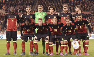 L'équipe de Belgique de football avant le match contre l'Italie le 13 novembre 2015.