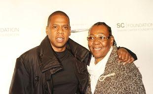 Le rappeur JAY-Z et sa mère, Gloria Carter, à New York