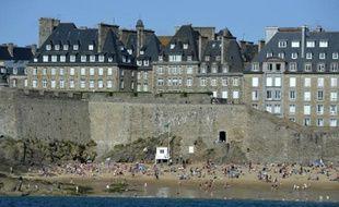 Une plage de Saint-Malo, en Bretagne, le 18 août 2014
