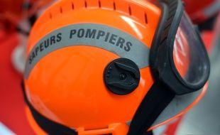 Illustration d'un casque de pompier. r les activites des sapeurs pompiers//ALLILIMOURAD_15400009/Credit:ALLILI MOURAD/SIPA/1809161550