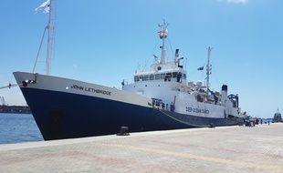 Le navire de recherches John Lethbridge à quai dans le port d'Alexandrie le 9 juin 2016.