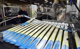 Le groupe bancaire australien Macquarie est entré en négociations exclusives avec la société d'investissements scandinave Altor en vue de la cession de 80% du capital du groupe Rossignol, qui commercialise notamment les marques de ski Rossignol et Dynastar.