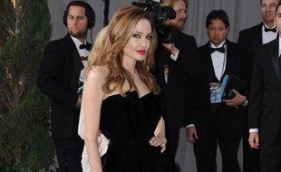 Angelina Jolie aux Oscar 2012