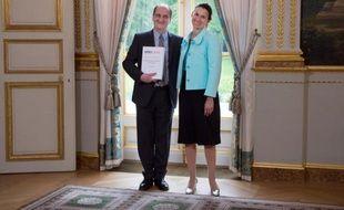 La ministre de la Culture Aurélie Filippetti a annoncé dimanche des compétences élargies pour le Conseil supérieur de l'Audiovisuel (CSA) en matière de droits d'auteur et de suivi des sites, comme préconisé dans le rapport Lescure sur l'acte II de l'exception culturelle.