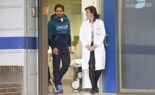 Fernando Alonso à sa sortie de l'hôpital de Barcelone le 25 février 2015.