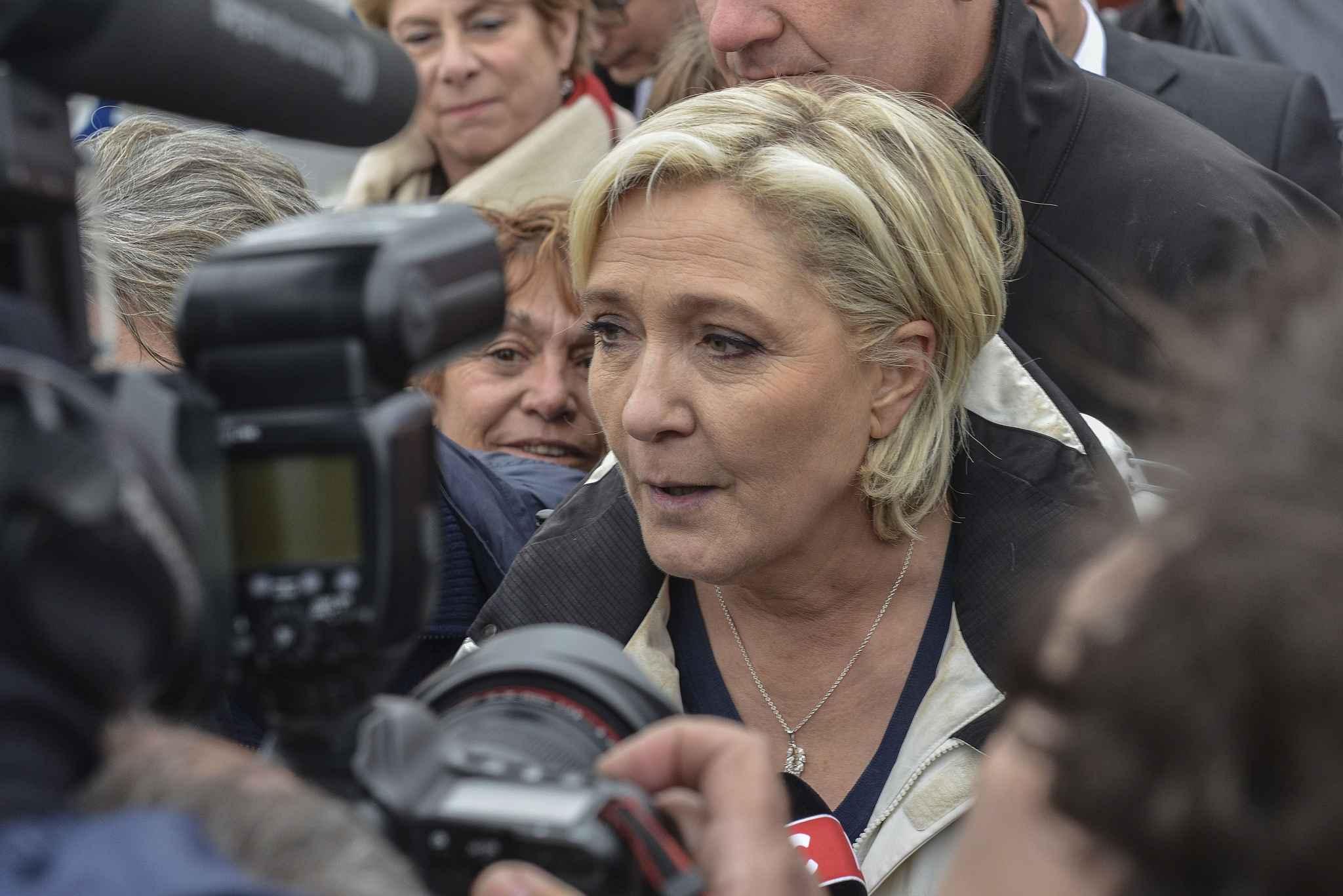 Emmanuel Macron : à Sarcelles, le candidat fait l'éloge de la diversité