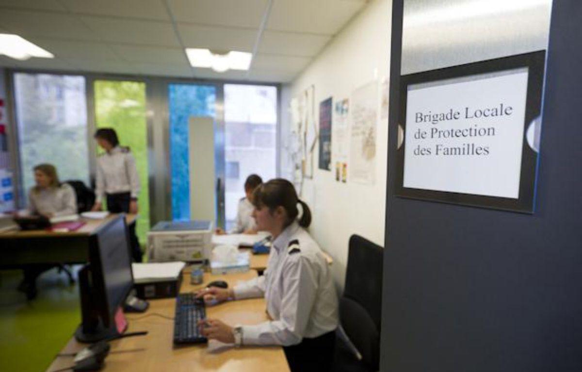 Dans le bureau de la Brigade Locale de Protection des Familles (BLPF) du 20e à Paris, le 25 novembre 2013 – V. WARTNER / 20 MINUTES