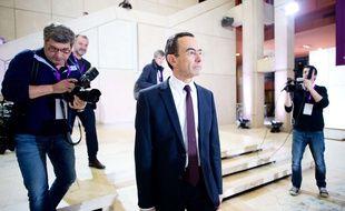 Bruno Retailleau, candidat Les Républicains, à son arrivée à l'hôtel de région dimanche soir.