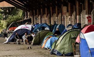 Près de 200 migrants vivaient sur le site de la gare Saint-Sauveur, à Lille.