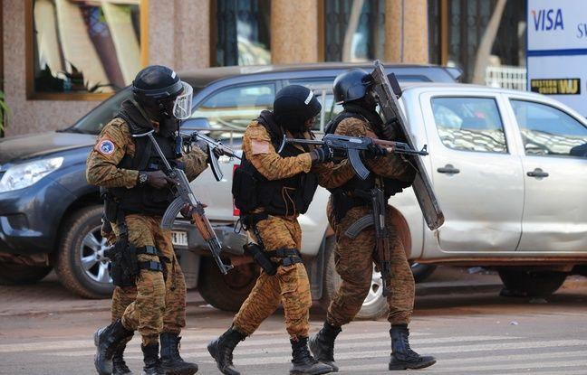 Une attaque revendiquée par Aqmi s'est produite à Ouagadougou, au Burkina Faso, le 15 janvier 2016.