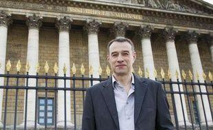 Le 07 avril 2013. Portrait d'Herve Lebreton devant l'assemblee nationale.