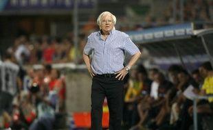 L'entraîneur de Strasbourg, Gilbert Gress, lors d'un match contre Châteauroux, le 7 août 2009.