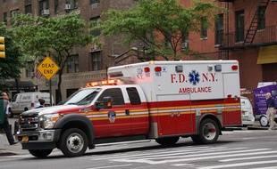 Un jeune garçon est décédé après avoir sauvé son camarade tombé dans un lac gelé, à New York (illustration).