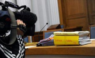 Le dossier Estelle Derieux à la cour d'assises du Nord à Douai, le 29 octobre 2015