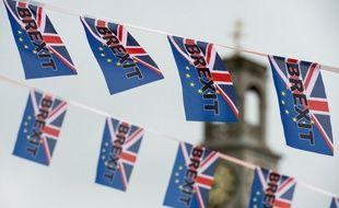 Les aides sociales aux migrants d'origine européenne installés au Royaume-Uni sont l'un des sujets clés qui nourrit les arguments des pro-Brexit.