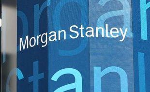 """La banque d'affaires américaine Morgan Stanley a annoncé mardi avoir accepté de verser 1,25 milliard de dollars pour mettre fin à des poursuites des autorités américaines dans le dossier des prêts immobiliers à risque dits """"subprime""""."""
