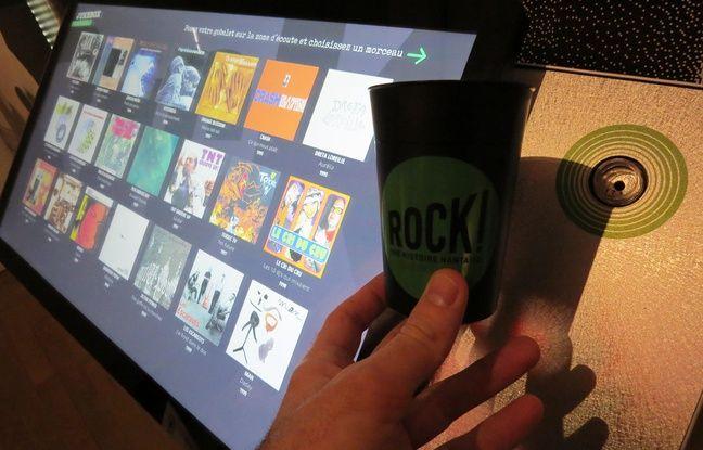 Un jukebox numérique actionné par le fameux gobelet de l'expo.