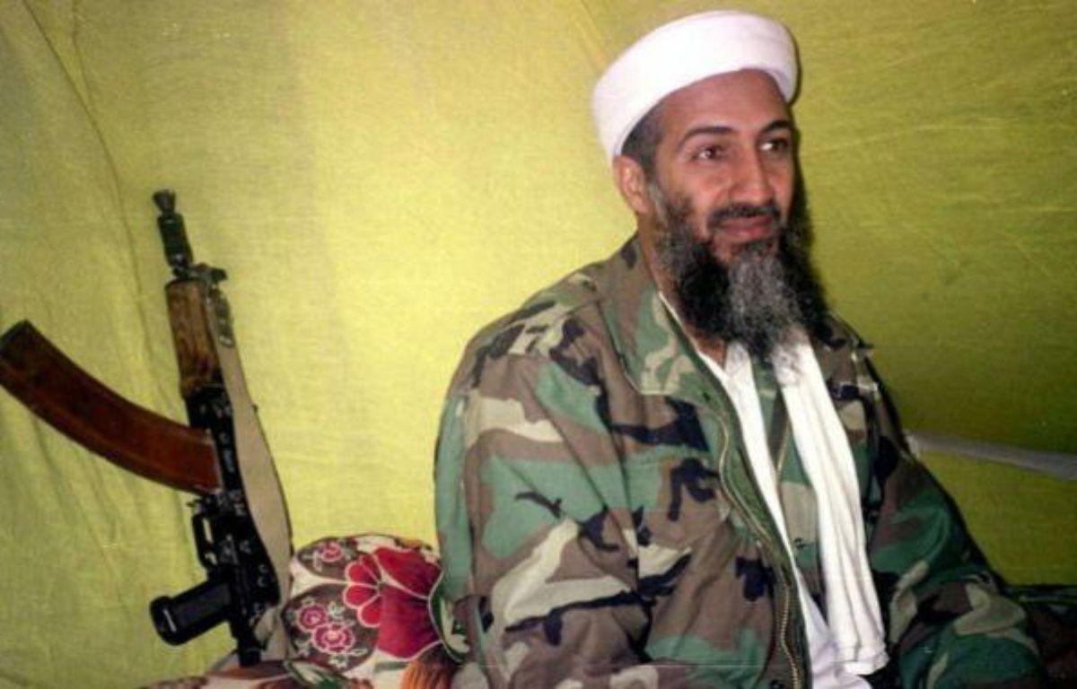 Oussama ben Laden, le 24 décembre 1998, dans le sud de l'Afghanistan. – R.YOUSAFZAI / AP / SIPA