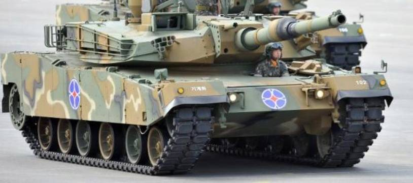 Le service militaire est obligatoire en Corée du Sud et dure au minimum 21 mois.