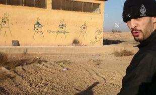 Brahim Abdeslam en Syrie tirée d'une vidéo diffusée en janvier 2016