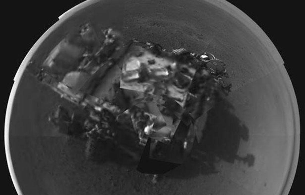 Auto-portrait du robot de la Nasa Curiosity envoyé le 9 août 2012 depuis Mars. – REUTERS/Handout