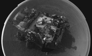 Auto-portrait du robot de la Nasa Curiosity envoyé le 9 août 2012 depuis Mars.