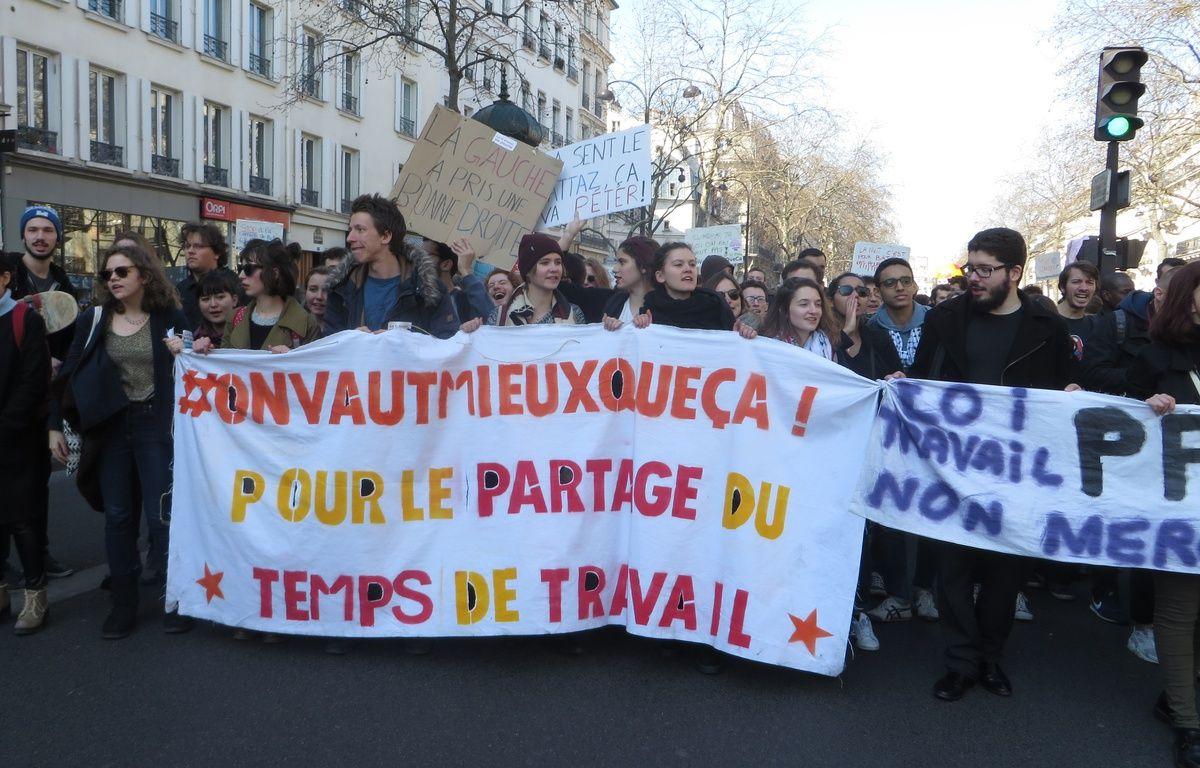 Des manifestants à Paris le 17 mars 2016, contre le projet de loi El Khomri. – L. Cometti / 20 Minutes