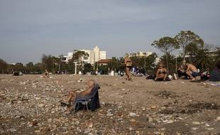 Une plage en banlieue d'Athènes, le 10 janvier 2020 en Grèce.