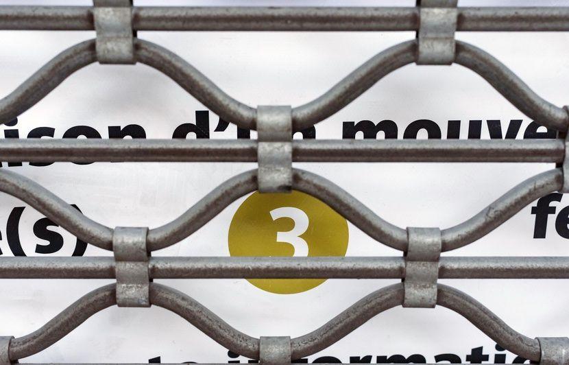 Réforme des retraites : Le syndicat majoritaire à la RATP appelle à « réorienter » la grève vers « une autre forme d'action »