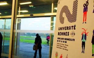 Deux centsétudiants de l'université de Rennes-II ont crié leur ras-le-bol, lundi 23 septembre 2013