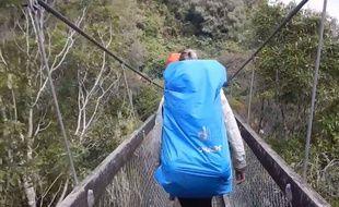 Quatre randonneurs français ont eu la peur de leur vie sur un pont suspendu en Nouvelle-Zélande.