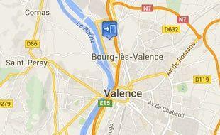 Le cimetière Pavillon à Bourg-lès-Valence, dans la Drôme, a été vandalisé dans la nuit du 12 au 13 février 2016.