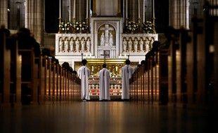 Dans la basilique du Sacré-Cœur, à Paris. (illustration)