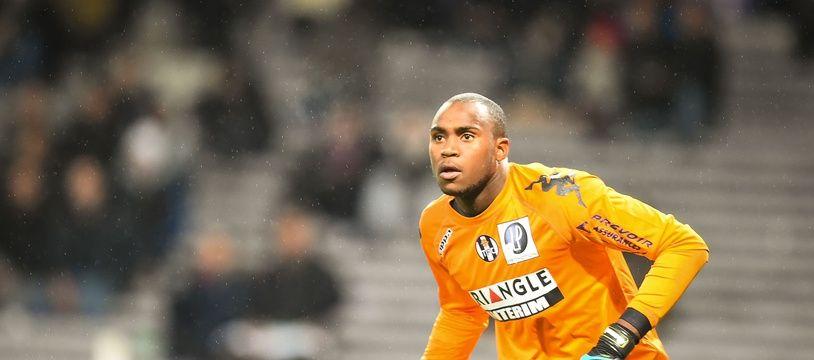 Le gardien Ali Ahamada sous les couleurs du TFC contre Monaco, le 5 décembre 2014 au Stadium de Toulouse.